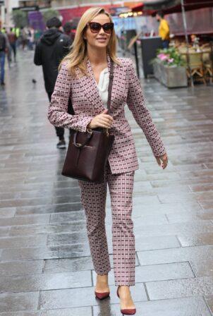 Amanda Holden - Looks chic at Heart radio in London