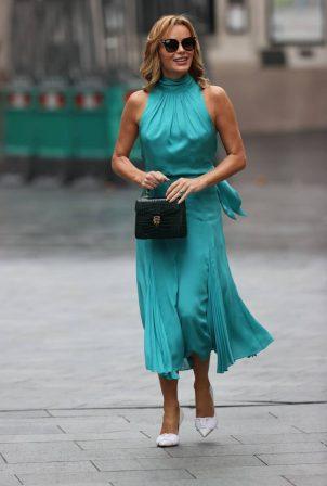 Amanda Holden - Looks stylish at Heart Radio in London
