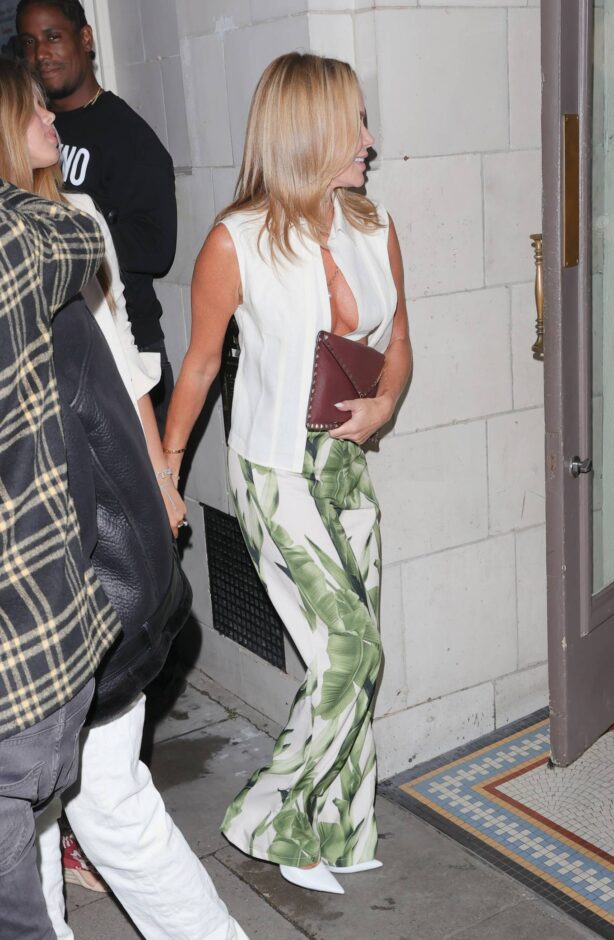 Amanda Holden - out and about in London