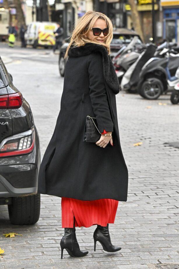 Amanda Holden - Seen leaving Global Studios in London