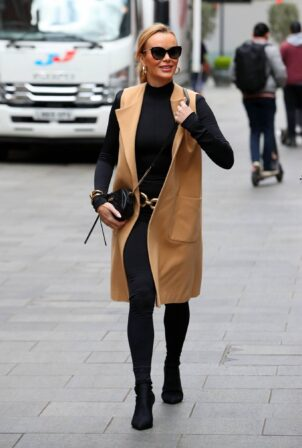 Amanda Holden - Seen leaving Heart Breakfast Show in London