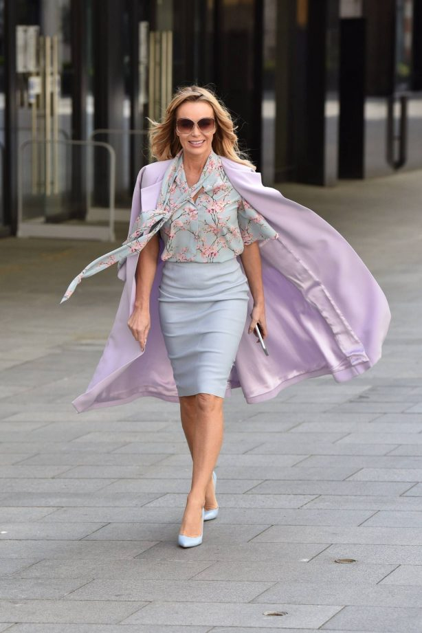 Amanda Holden - Spotted after the Heart radio Breakfast show in London