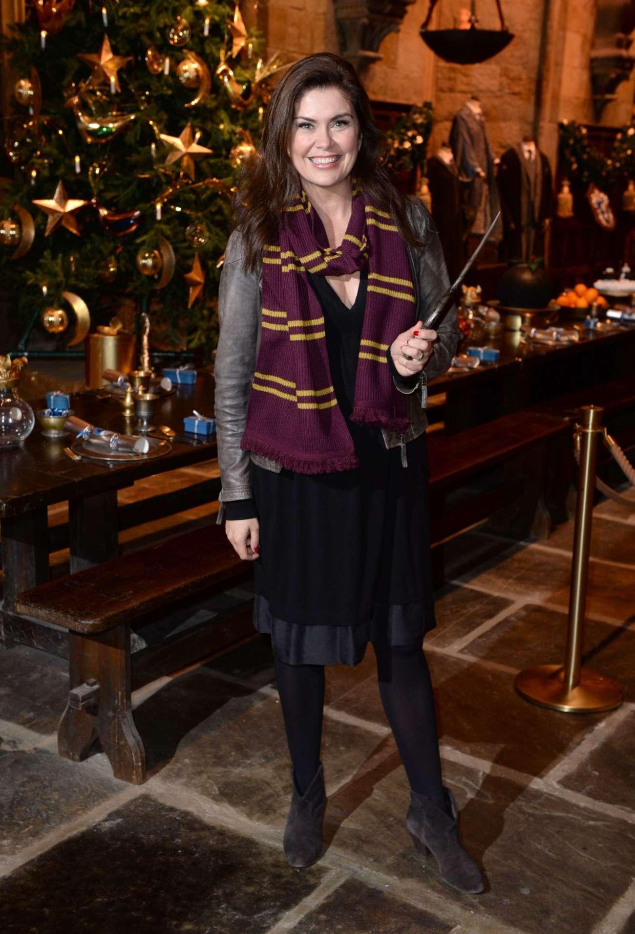 Amanda Lamb 2015 : Amanda Lamb: Hogwarts in The Snow Launch -01