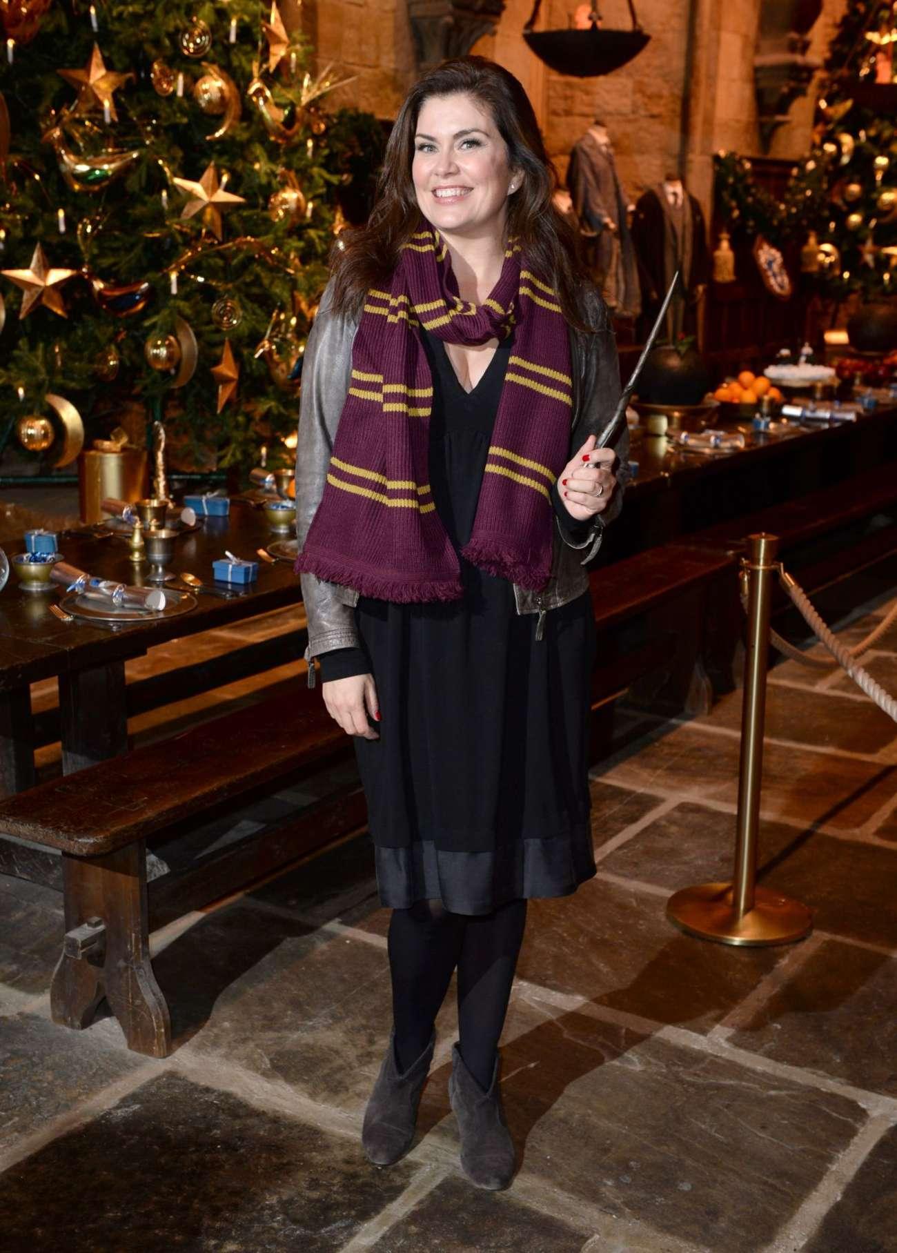 Amanda Lamb 2015 : Amanda Lamb: Hogwarts in The Snow Launch -02