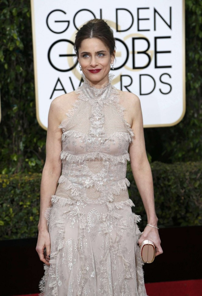 Amanda Peet - 2016 Golden Globe Awards in Beverly Hills
