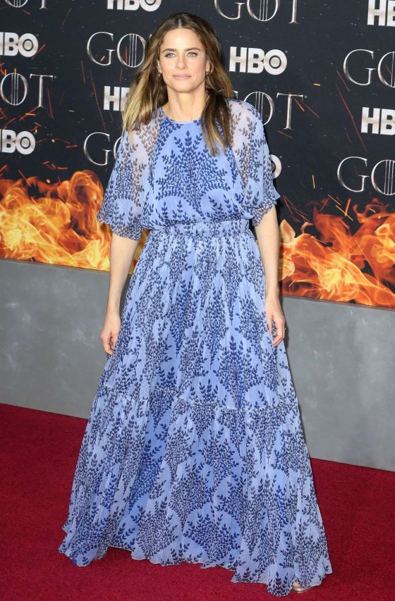 Amanda Peet: Game of Thrones Season 8 Premiere -04 | GotCeleb