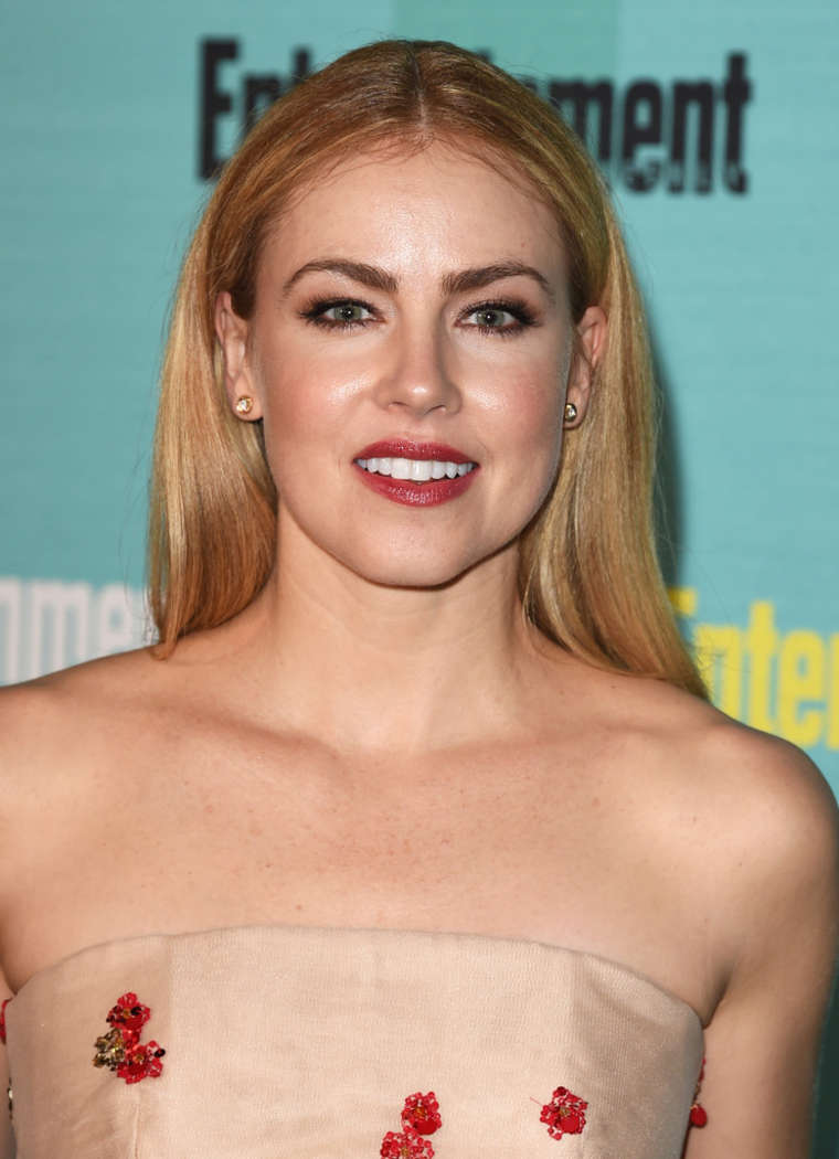 Amanda Schull Nude Pics do they clone hollywood blondes??? | ign boards