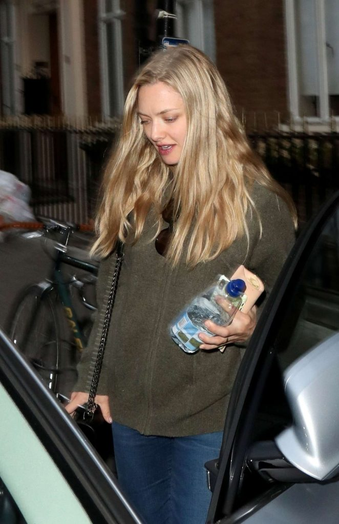 Amanda Seyfried and husband Thomas Sadoski – Leaving the Townhouse in London