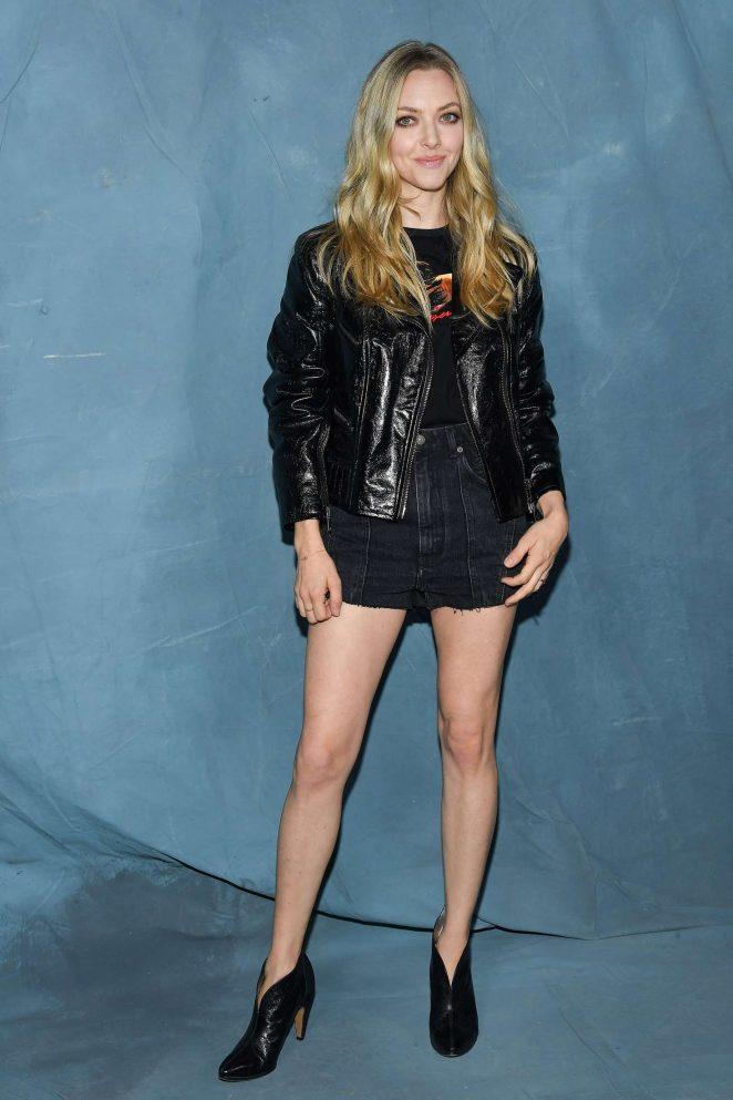 Amanda Seyfried - Givenchy Fashion Show in Paris