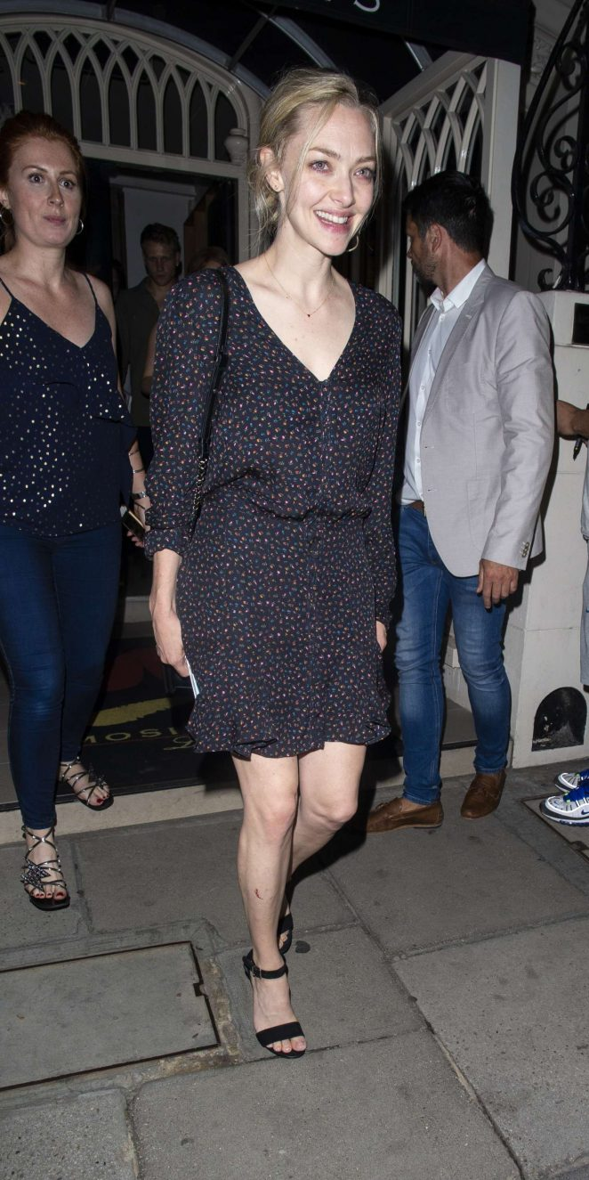 Amanda Seyfried – Night out in London