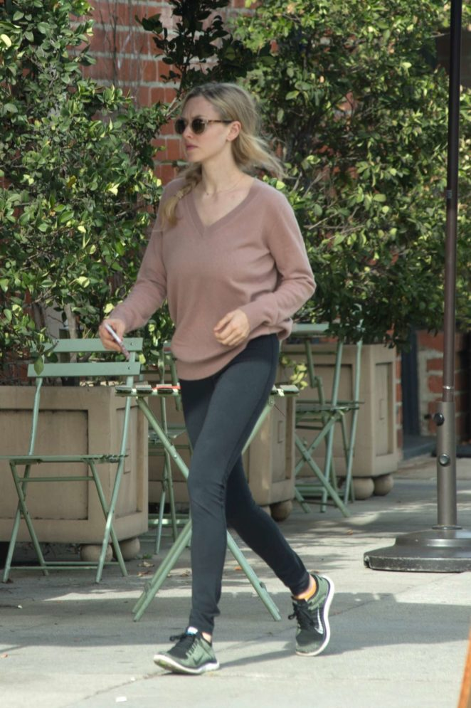 Amanda Seyfried – Out and about in Los Angeles