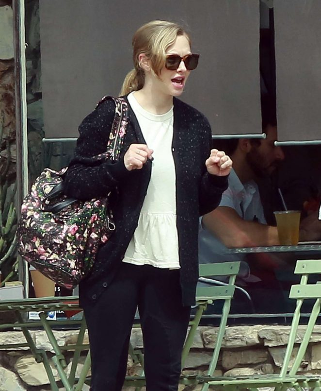 Amanda Seyfried Out for coffee in LA