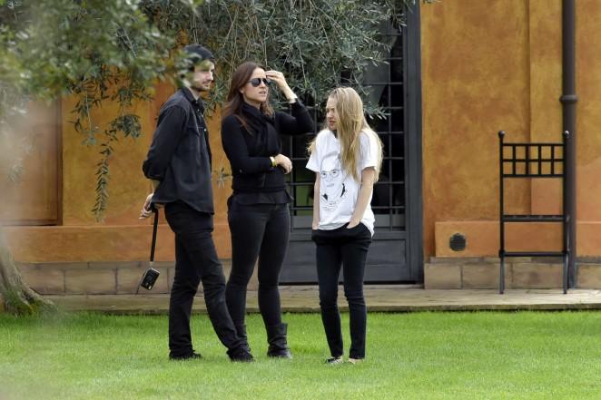 Amanda Seyfried: Photoshoot in Rome -02