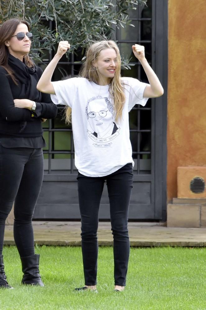 Amanda Seyfried: Photoshoot in Rome -20