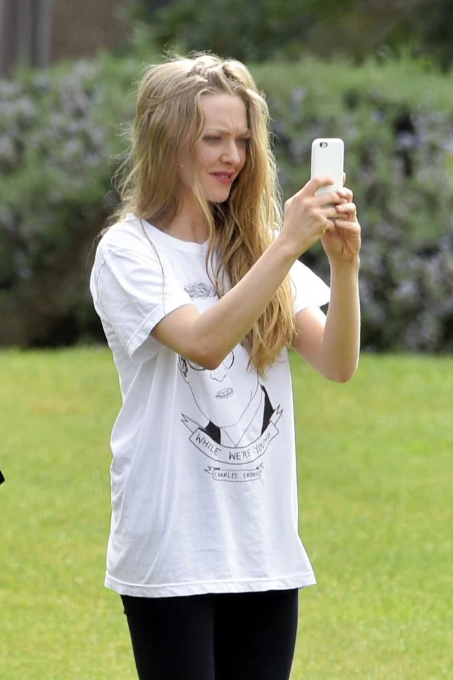 Amanda Seyfried: Photoshoot in Rome -34