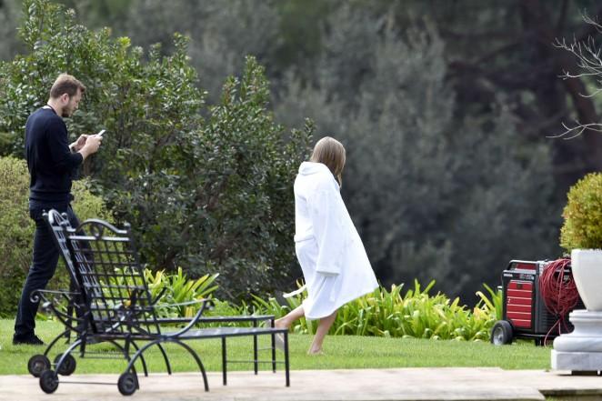 Amanda Seyfried: Photoshoot in Rome -52