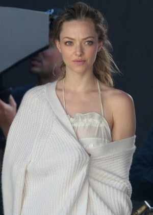 Amanda Seyfried Hot Photoshoot - GotCeleb