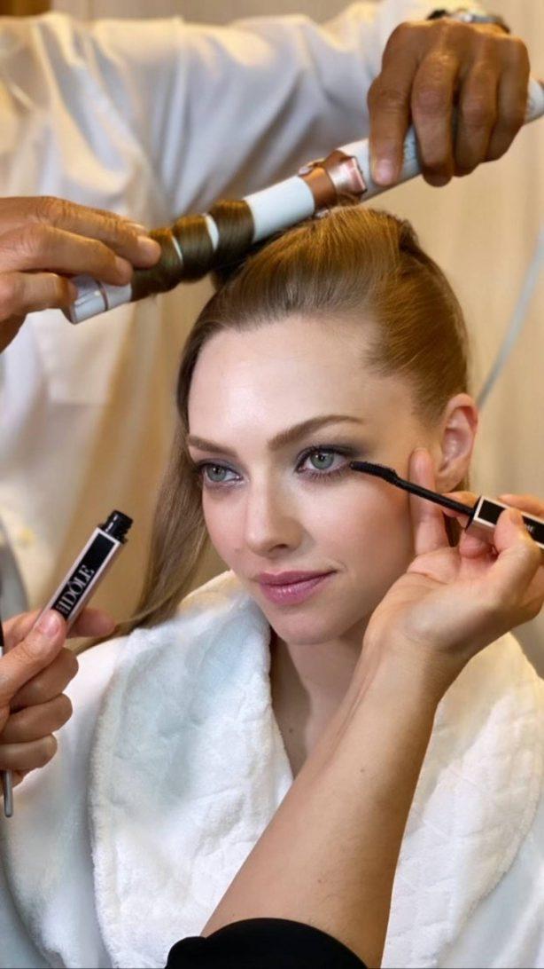 Amanda Seyfried - Vogue Critics Choice Awards (March 2021)