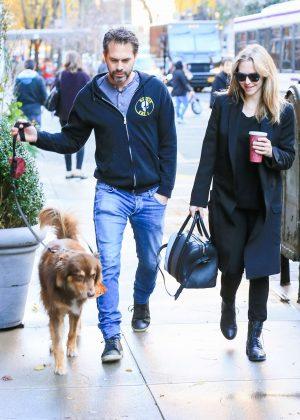 Amanda Seyfried With B...