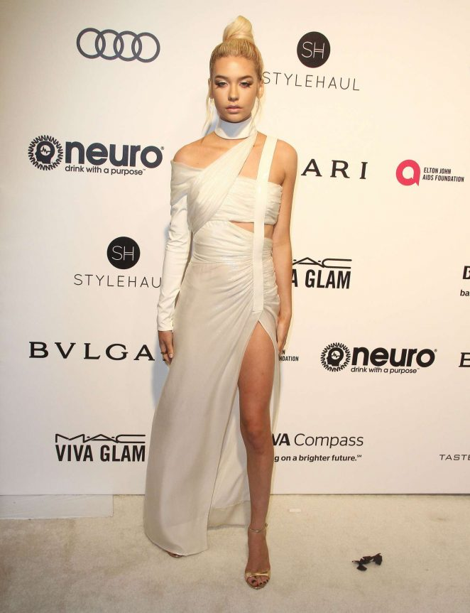 Amanda Steele - 2017 Elton John AIDS Foundation's Oscar Viewing Party in West Hollywood