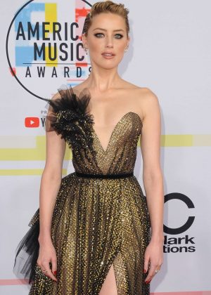 Amber Heard - 2018 American Music Awards in Los Angeles