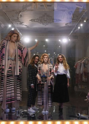 Amber Heard: Alice In Wonderland Themed Window Unveiling -09