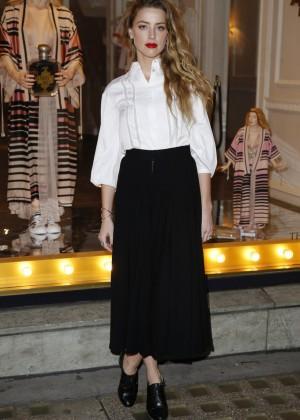 Amber Heard: Alice In Wonderland Themed Window Unveiling -22