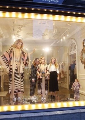Amber Heard: Alice In Wonderland Themed Window Unveiling -35