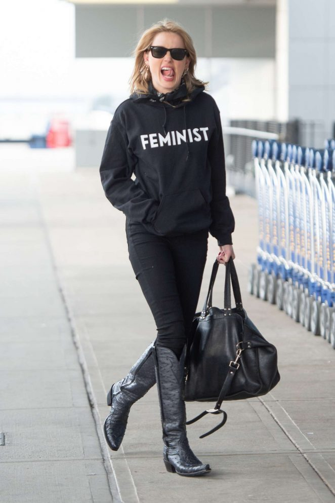 Amber Heard - Arrives at JFK airport in New York