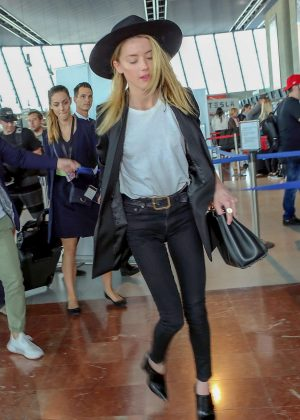 Amber Heard - Arrives at Nice Airport