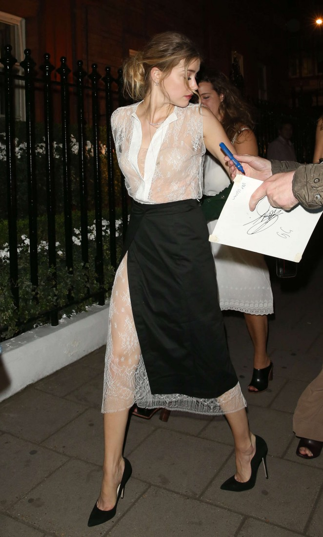 Amber Heard - Arriving at Claridge's Hotel in London