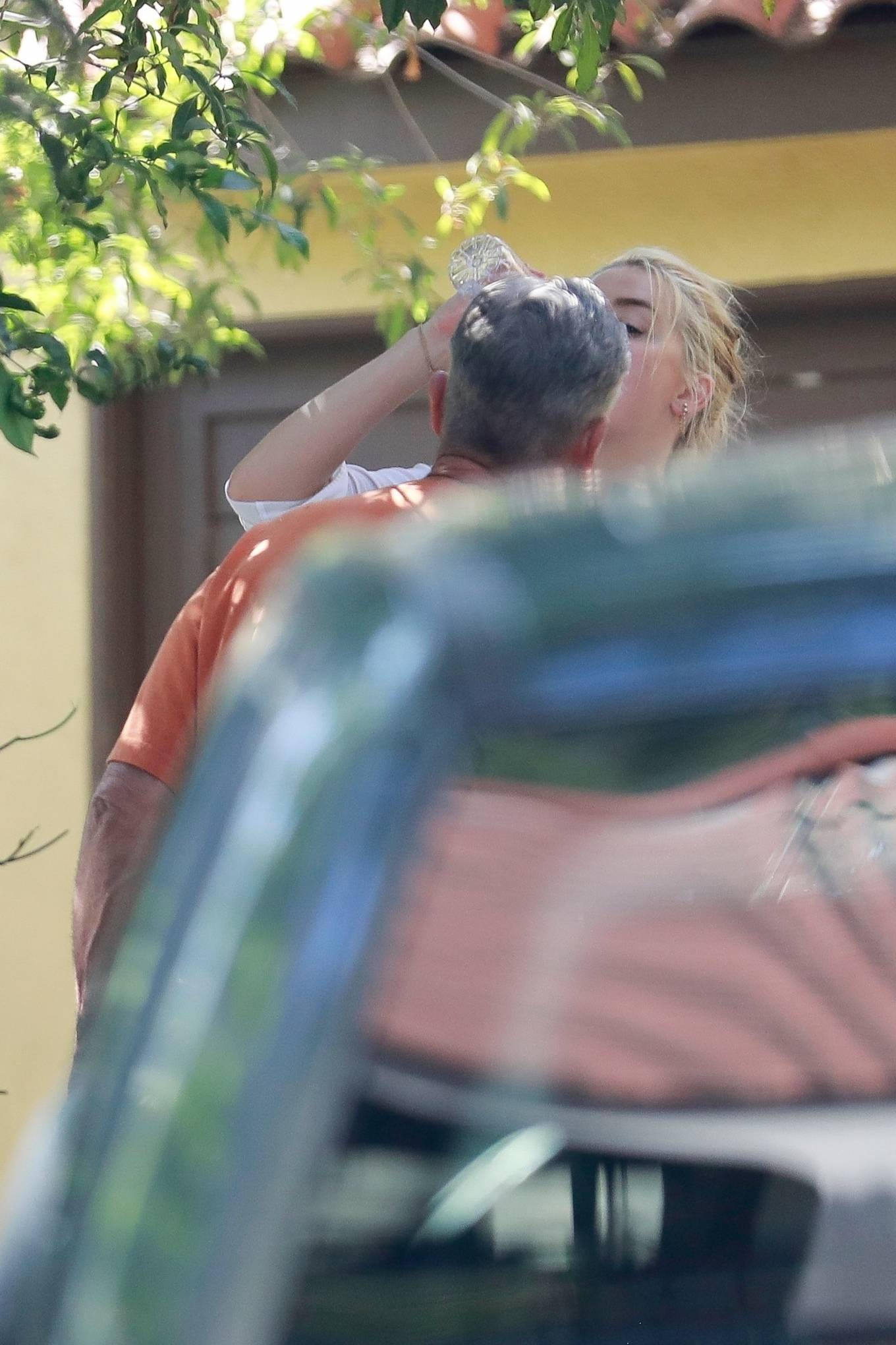 Amber Heard 2020 : Amber Heard – Arriving home in Los Angeles-09