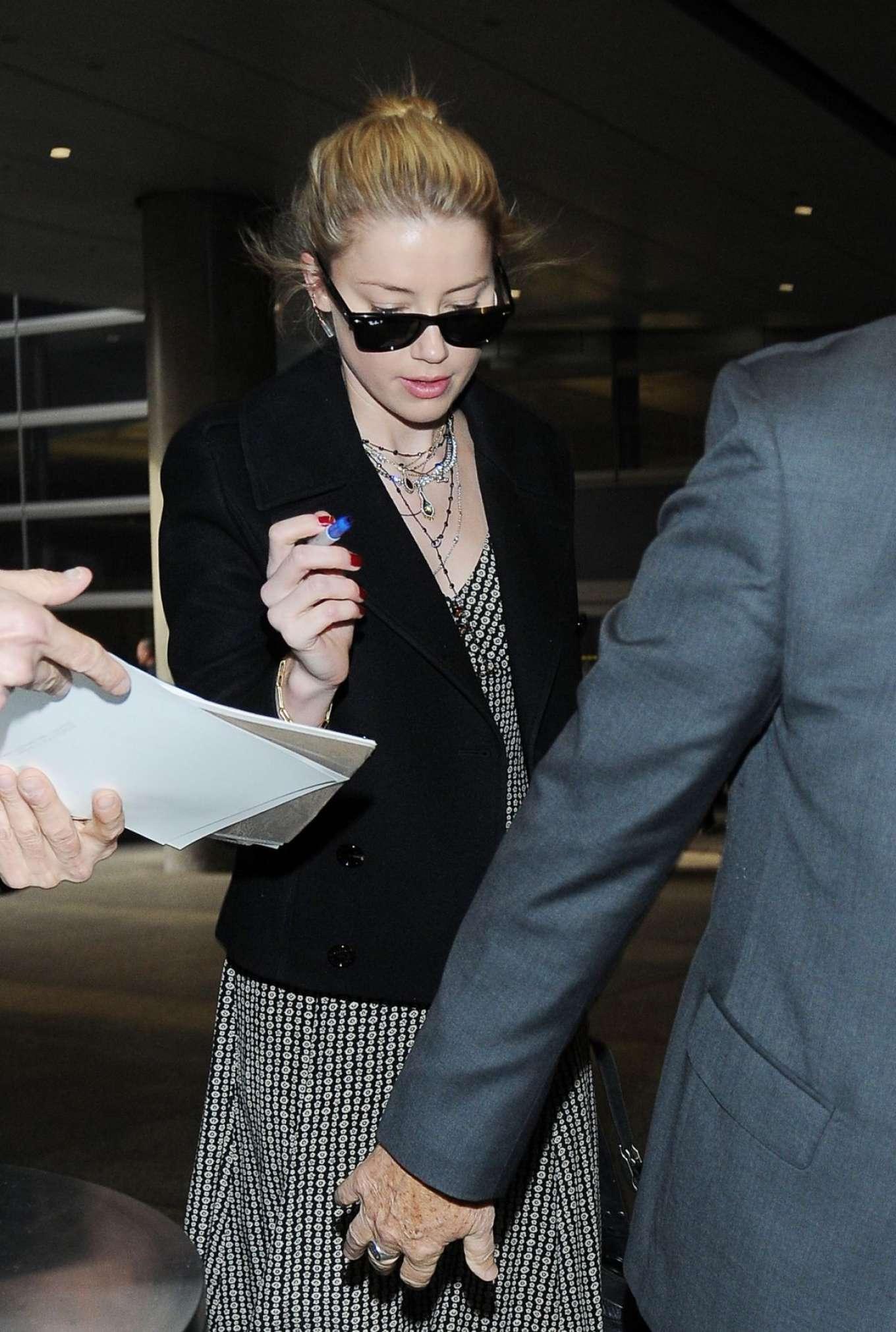 Amber Heard 2018 : Amber Heard at LAX International Airport -04