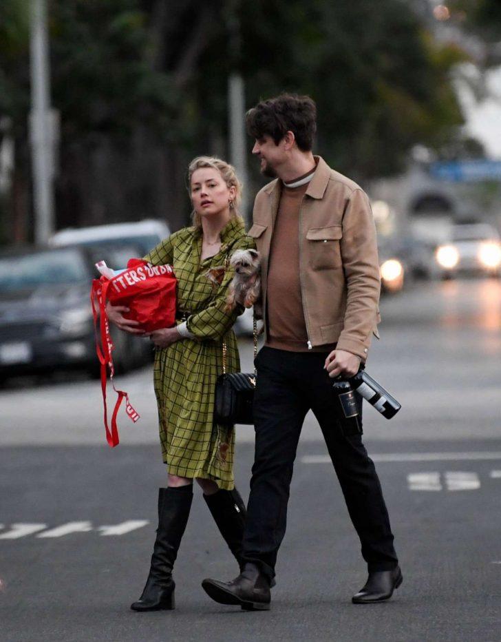 Amber Heard - Heading to a friend's place in LA
