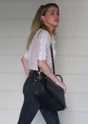 Amber Heard - Heads to The Peninsula Hotel in Beverly Hills