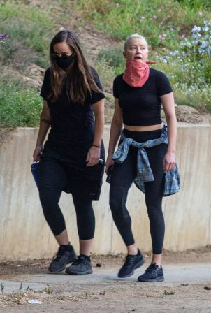 Amber Heard - Hike with a friend in Griffith Park in Los Angeles