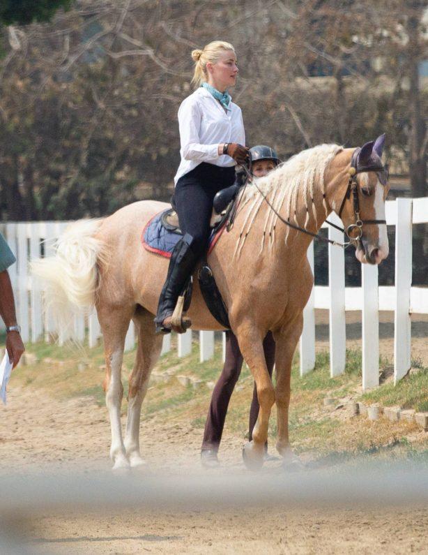 Amber Heard - Horseback ride candids in Los Angeles