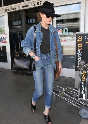 Amber Heard in Jeans at LAX Airport in Los Angeles