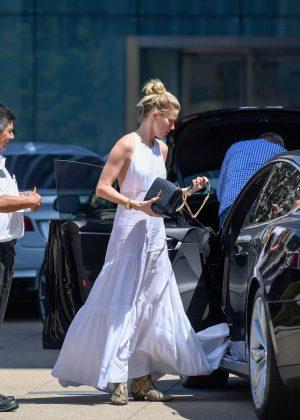 Amber Heard In Long Summer Dress 08 Gotceleb