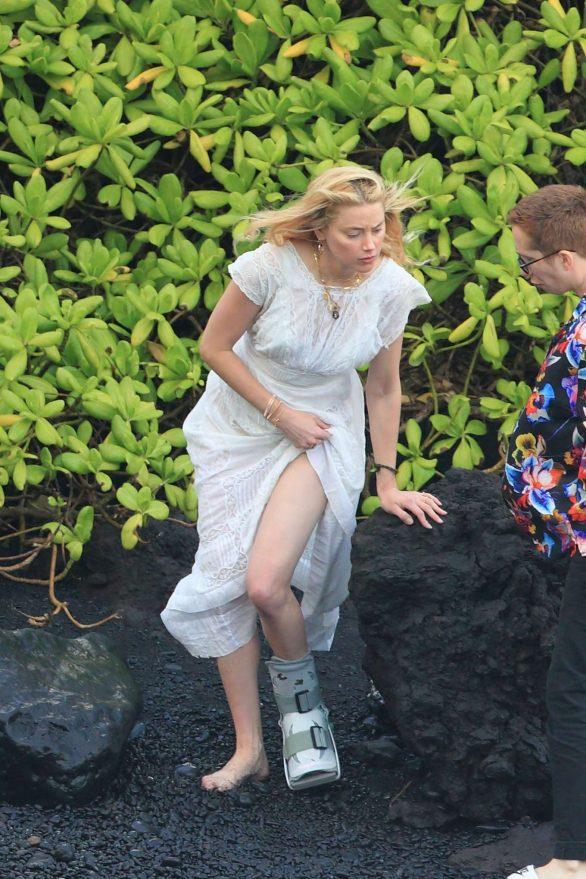 Amber Heard in Long Summer Dress - Out in Hawaii