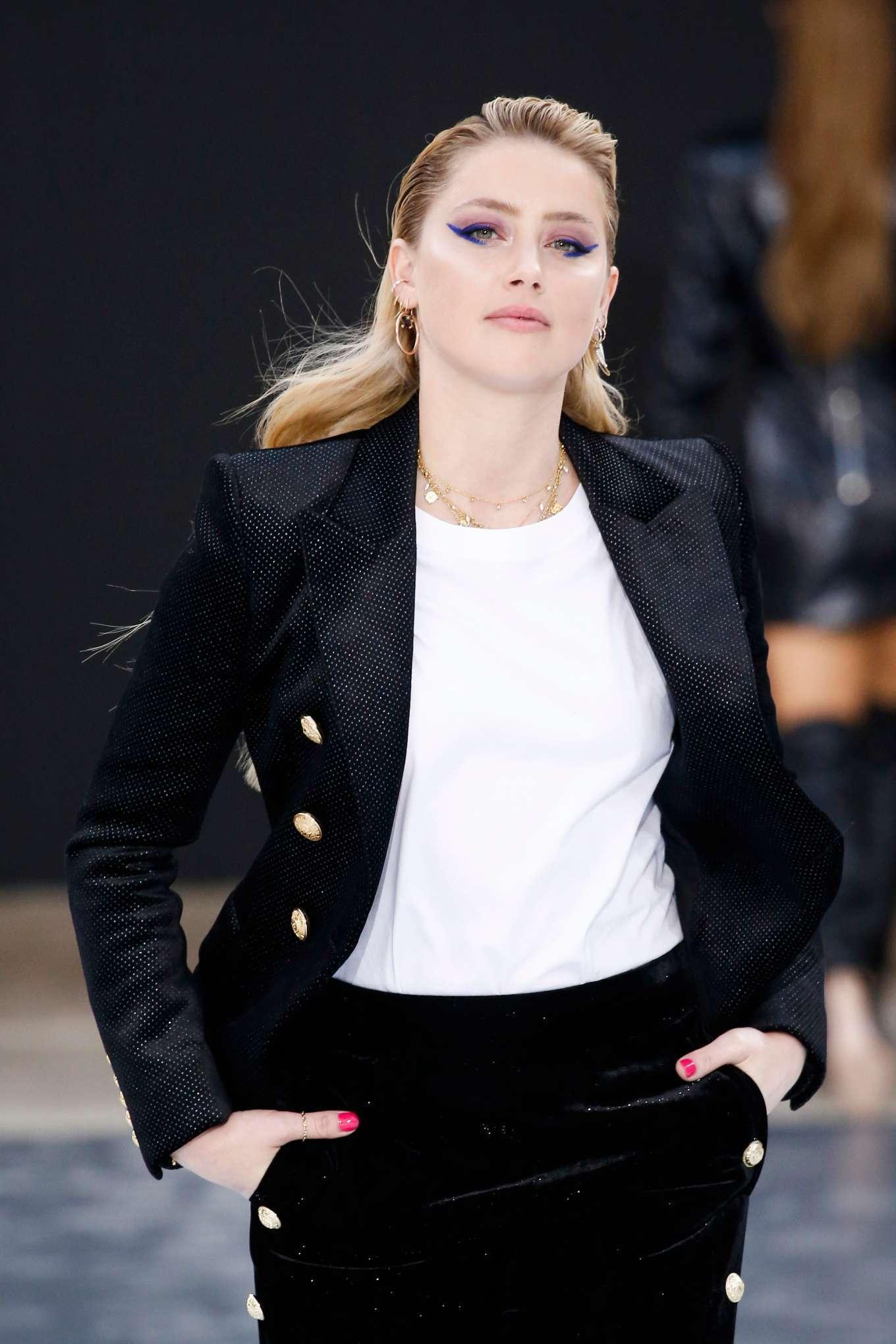Amber Heard - 'Le Defile L'Oreal Paris' Show at Paris Fashion Week