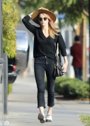 Amber Heard - Leaves Cafe Gratitude in West Hollywood