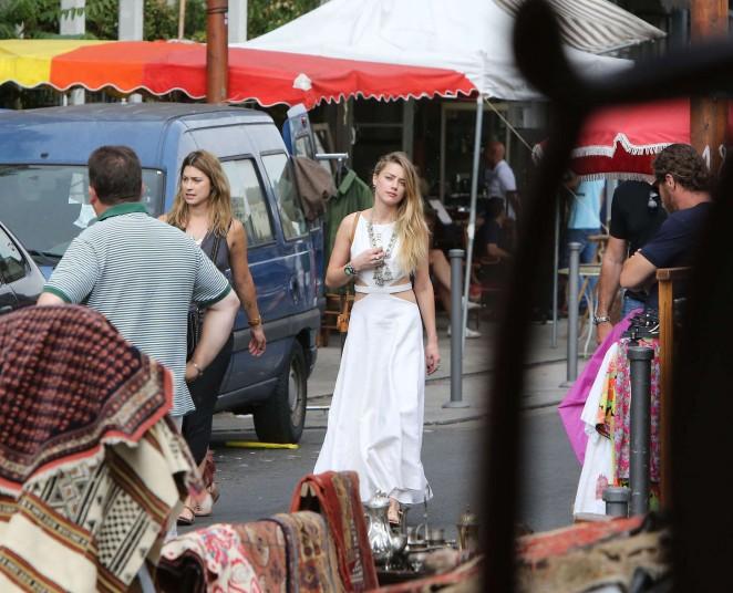 Amber Heard in White Dress -10