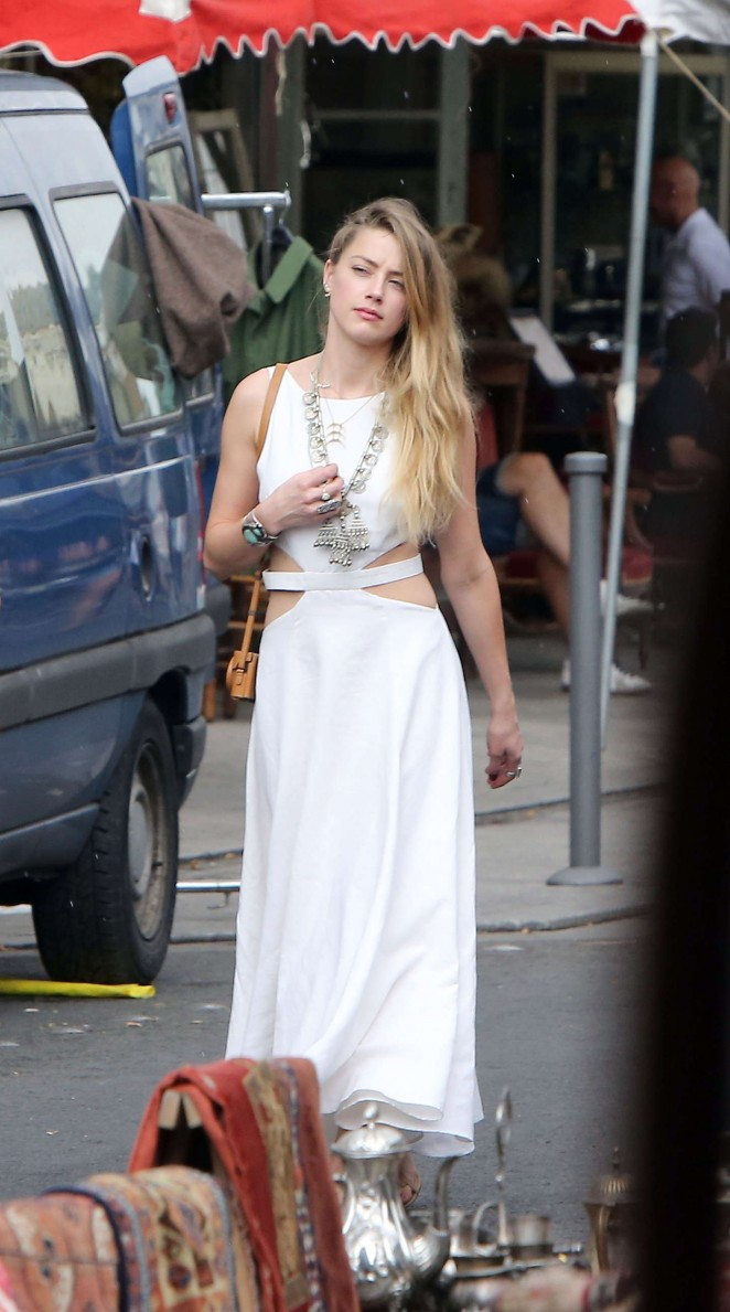 Amber Heard in White Dress -15