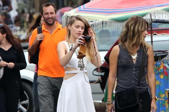 Amber Heard in White Dress -28