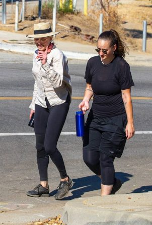 Amber Heard - Out for a hike with female friend at Elysian Park in Los Angeles
