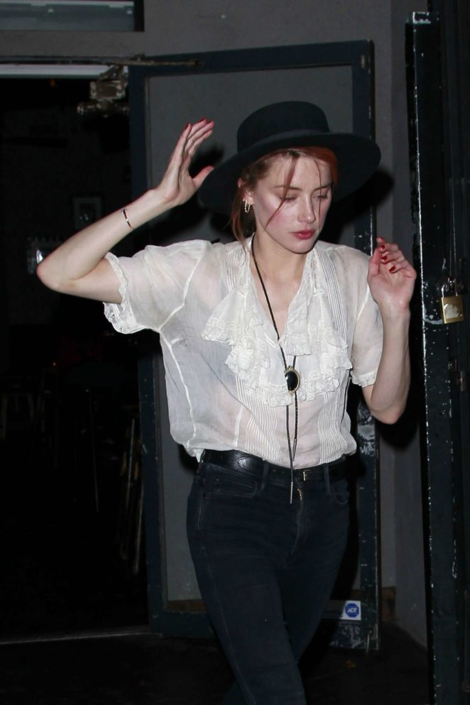 Amber Heard - Out for ice cream in Los Feliz