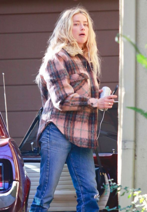Amber Heard - Out in Los Angeles