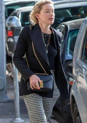 Amber Heard - Out in Los Feliz