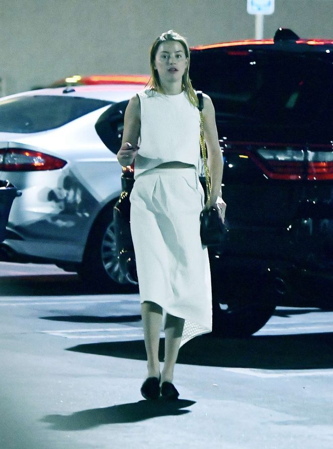 Amber Heard - Out in Woodland Hills